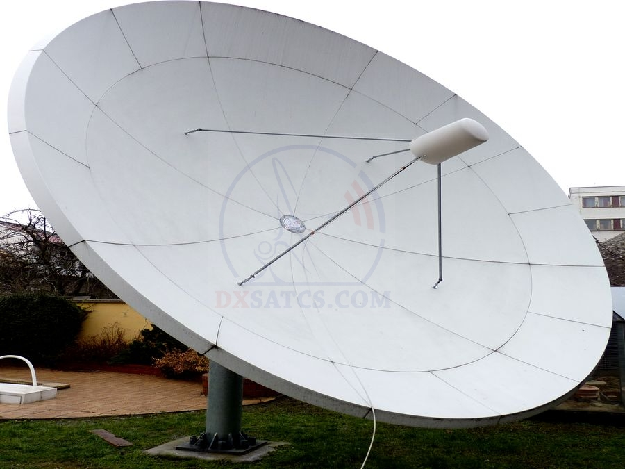 dxsatcs-com-x-band-reception-wgs2-60e-Installed-dish-secondary-radiant-prodelin-450-cm-02