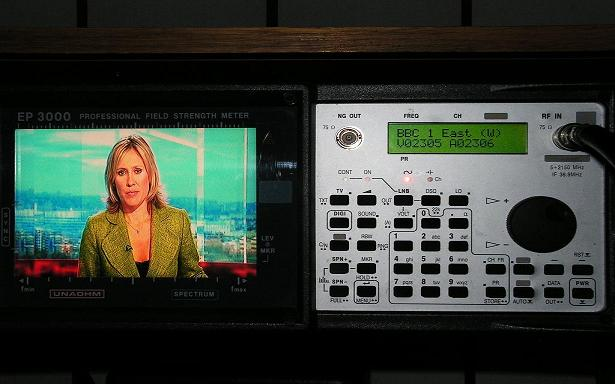 Astra 2D at 28.2 e-2d north spot-freesat-sky-bbc-itv-archive 2.2.08-Unaohm EP 3000-BBC 1 East West-01n
