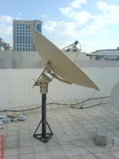 180 cm Paraclypse Prime Focus Dish with UNI LNB Invacom FLANGE SNF 031 and Adjustable Feed Horn Invacom ADF 120 in Dubai UAE nr4