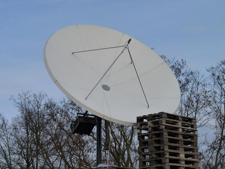 Eutelsat W2 at 16.0 e _ wide footprint_PF Prodelin 3.7 m