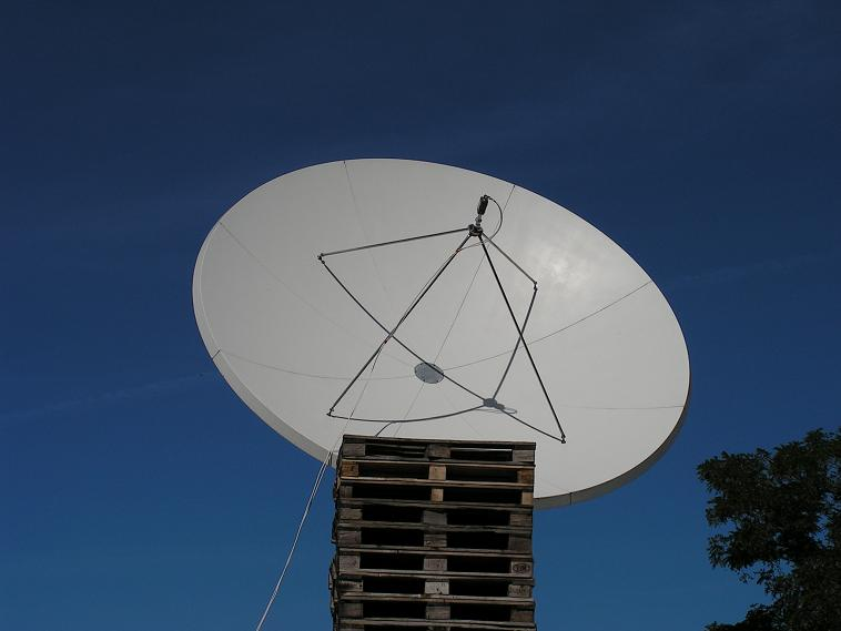 Eutelsat W4 at 36.0 e _ PF Prodelin 3.7 m
